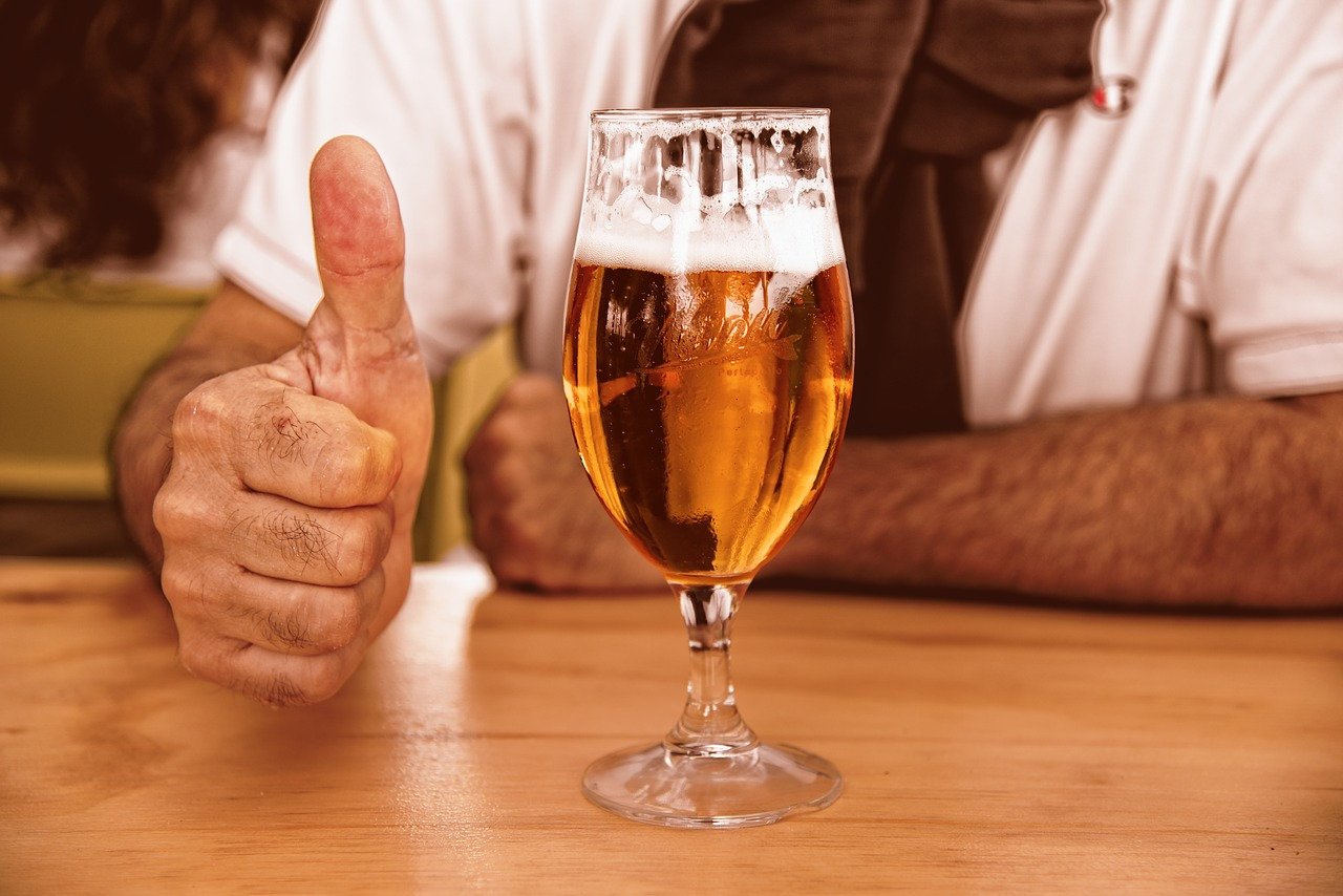 glass-of-beer-3444480_1280